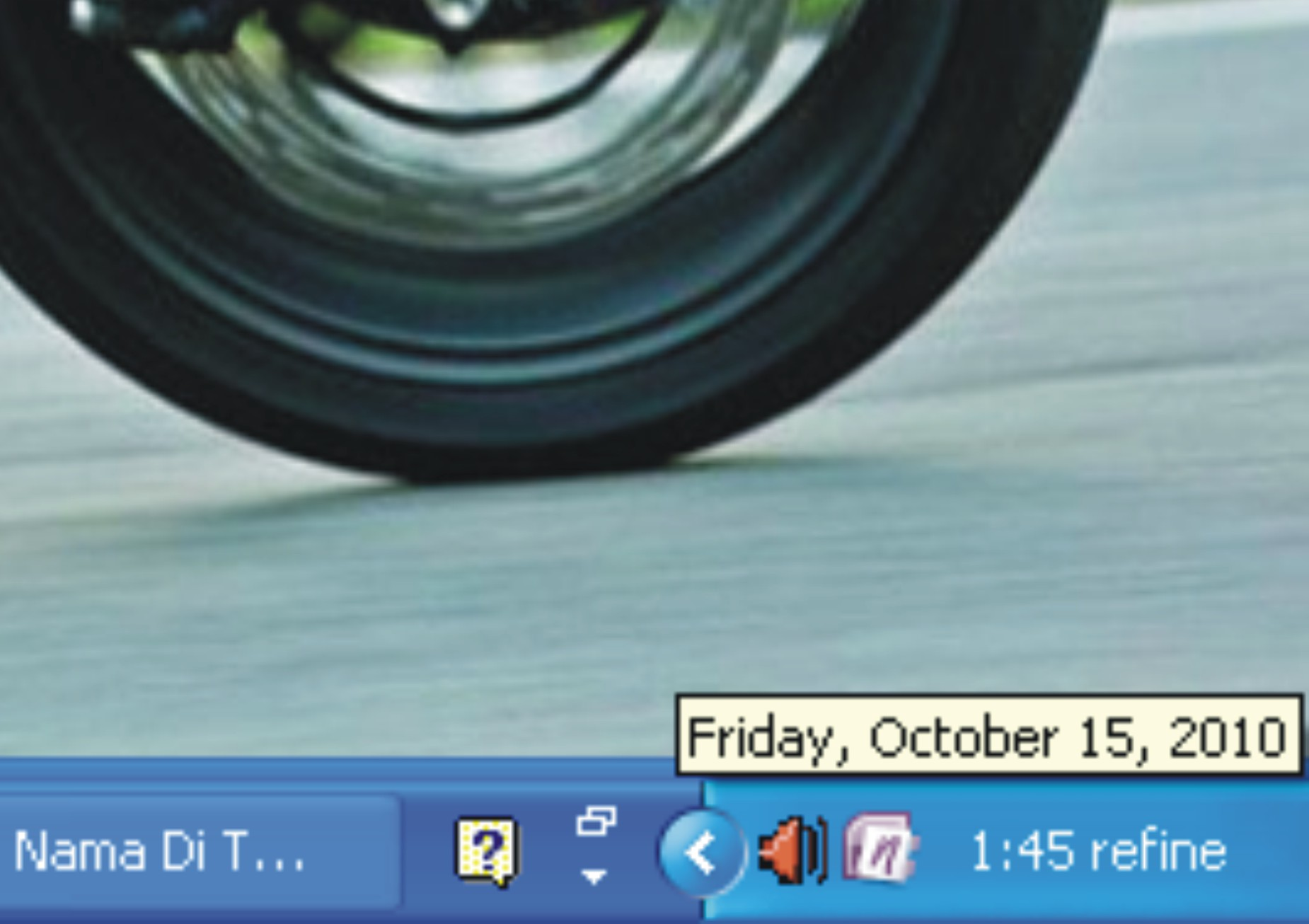 Menulis Nama Di Taskbar Windows XP R3fin3